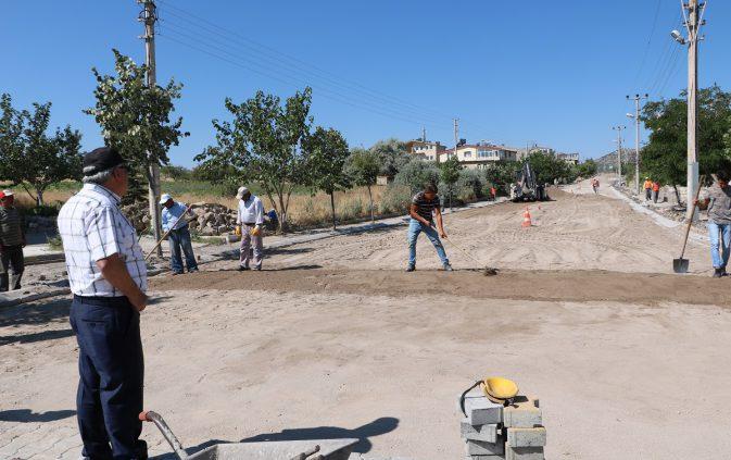 Uçhisar Belediyesi Yol Çalışmalarına ve Park Alanlarını Yenilemeye Devam Ediyor